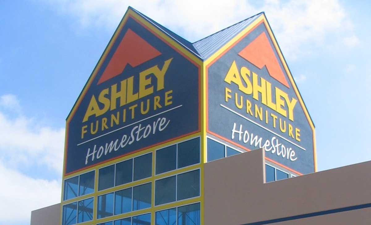 Ashley Furnitureu003cspanu003eBluffton SCu003c/spanu003e